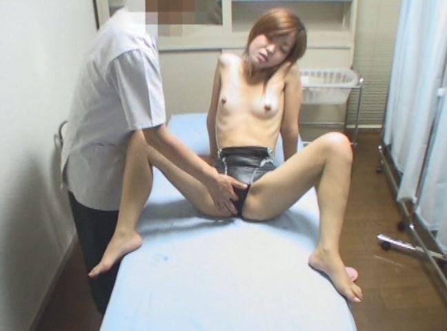 【アダルトセックスGIF画像】生々しく動くセックス中の女の子